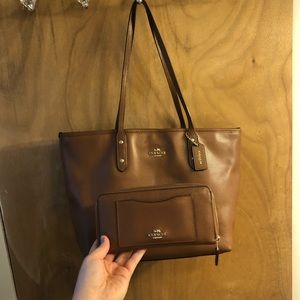 Coach Cross Grain City Zip Tote+ matching wallet